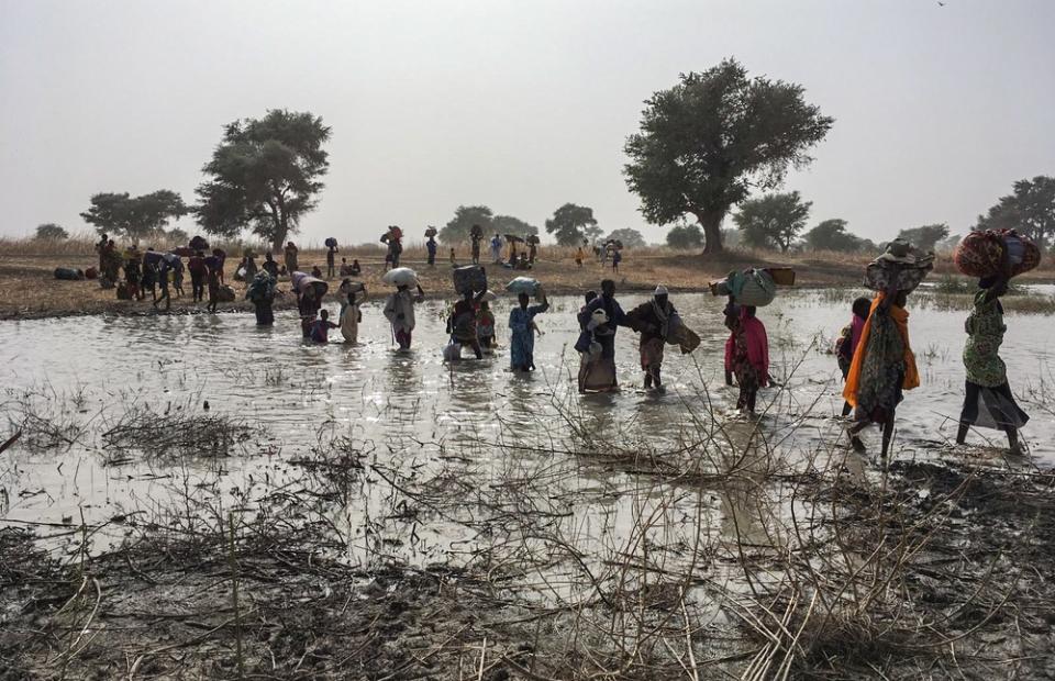 Des personnes fuyant Rann, au nord-est du Nigeria, après une attaque © MSF, janvier 2019.