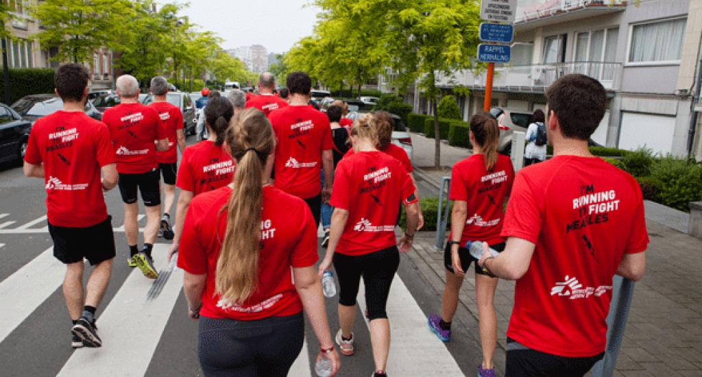 Marche vers départ MSF 20 km Bxl 2016