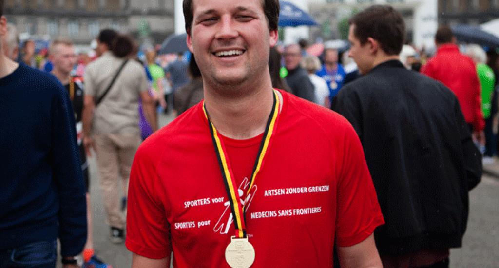 Arrivée médaille coureur MSF 20 km Bxl 2016