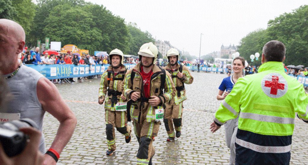 Arrivée pompiers MSF 20 km Bxl 2016
